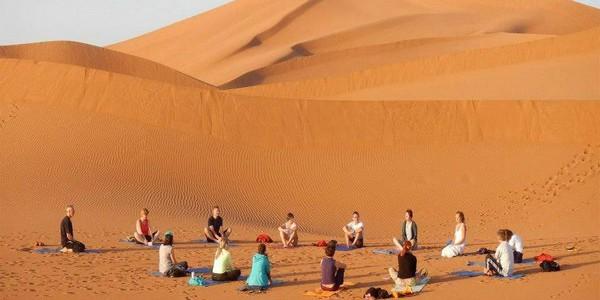 yoga-desert-maroc